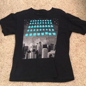I'm selling a riot society size M 100% cotton